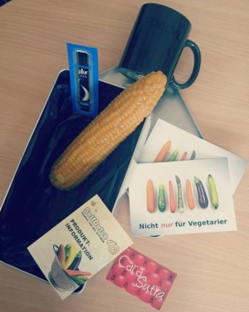 SelfDelve Corn on the Cob Dildo review   Large Silicone Sweetcorn Dildo