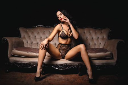 Sex Toys Every High-End Exclusive Escort Should Travel With