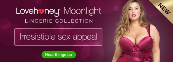 Lovehoney Plus Size Moonlight Black Plunge Basque Set Review