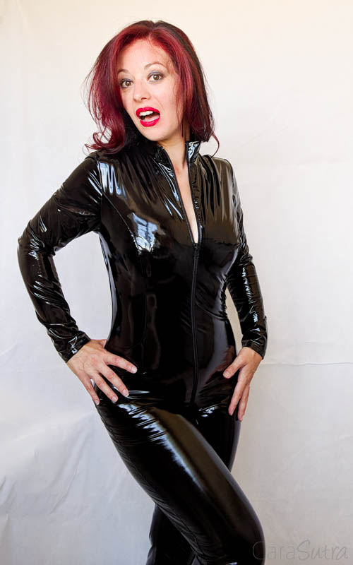 Vawn and Boon PVC Catsuit Review Cara Sutra-22