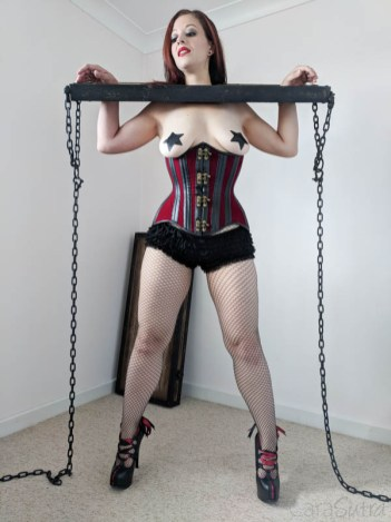 Lodbrock Handmade Wooden BDSM Pillory Set Review-108