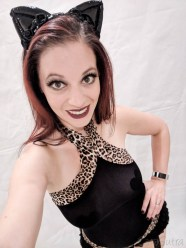 Lovehoney Kinky Kitten Bundle Sexy Cat Costume Lingerie Review-93