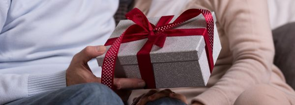 Unusual Romantic GiftsForYour Partner Or Yourself