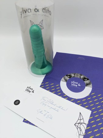 Ylva and Dite Fruit Green Aria Dildo Review