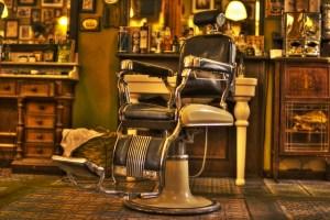 年代物の理容椅子
