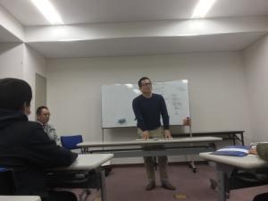 飲食業の和田社長の講義の様子
