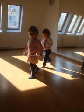 Atelierele Angelicai pentru copii de 1-2 ani Eu parinte ghemotoc 4