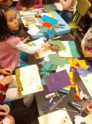 Atelier gratuit copii tehnica mixta colaj 1