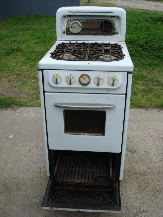 Small Apartment Stoves