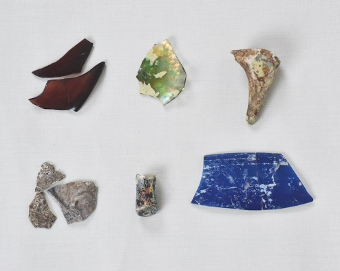 Assorted medieval glass fragments excavated from Sijilmasa. 8th–14th century. Ministère de la culture et de la communication, Rabat, Morocco. Photograph by Fouad Mahdauoi Vessel glass is among the most common fragment excavated from sites around the Sahara. Delicate colored glass vessels were made in North Africa as well as in the Middle East and Europe.