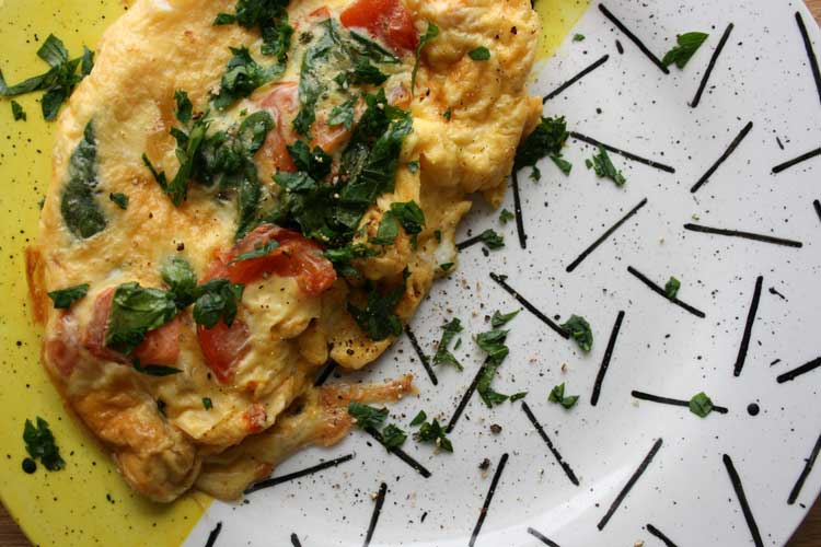 Tomato and spinach omelette