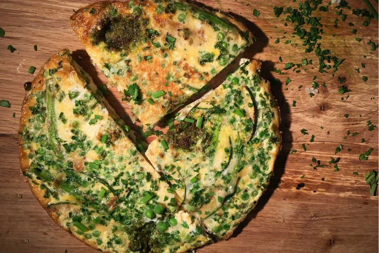 Carb-free spring veg and pesto frittata