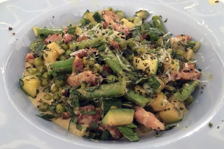 bacon pea and mint pasta
