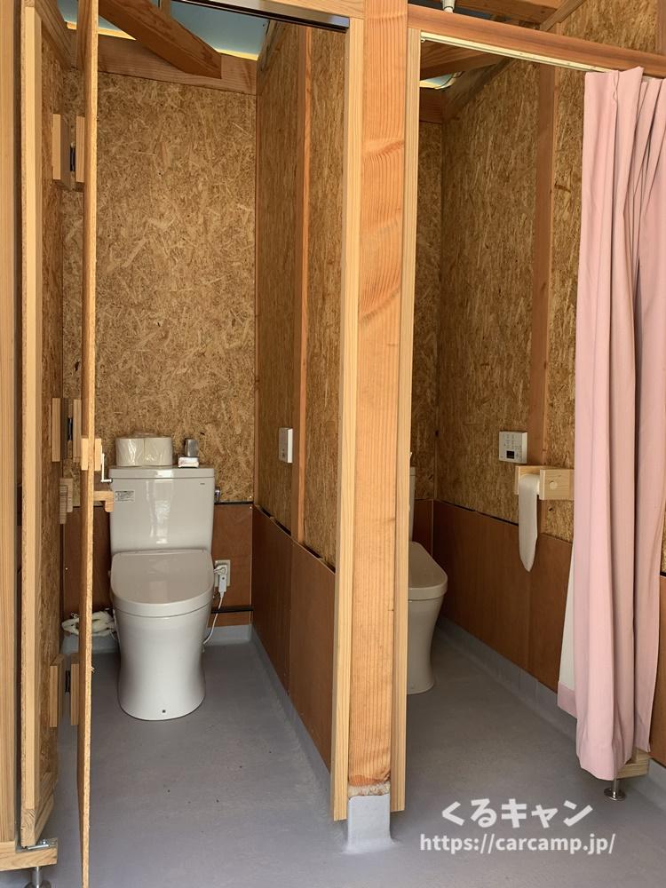 小板まきばの里トイレ