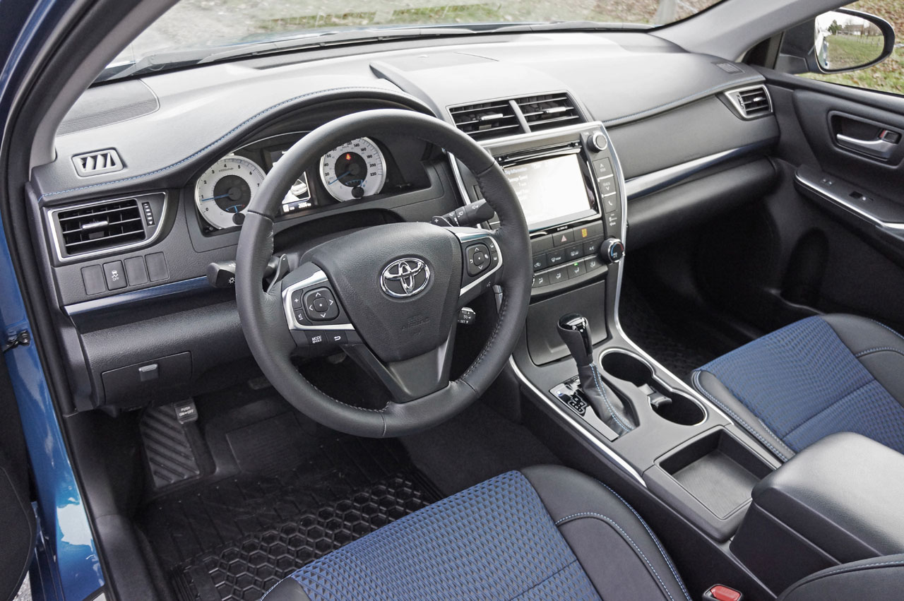 interior all new camry 2016 logo grand avanza toyota se special edition road test review