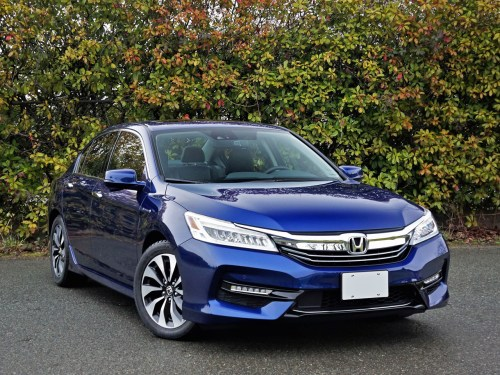 small resolution of 2017 honda accord hybrid touring road test