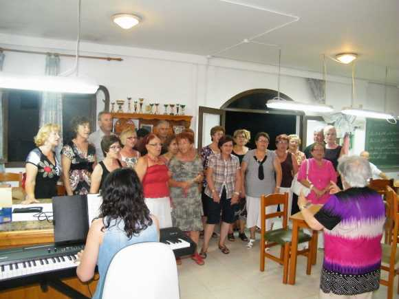 Festa 9è Aniversar Gent Gran 10-07-2012 084