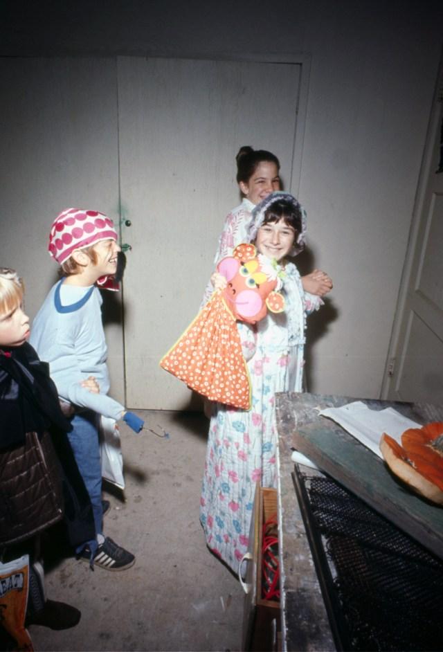 spook-house-1971-los-angeles-california_10518969706_o