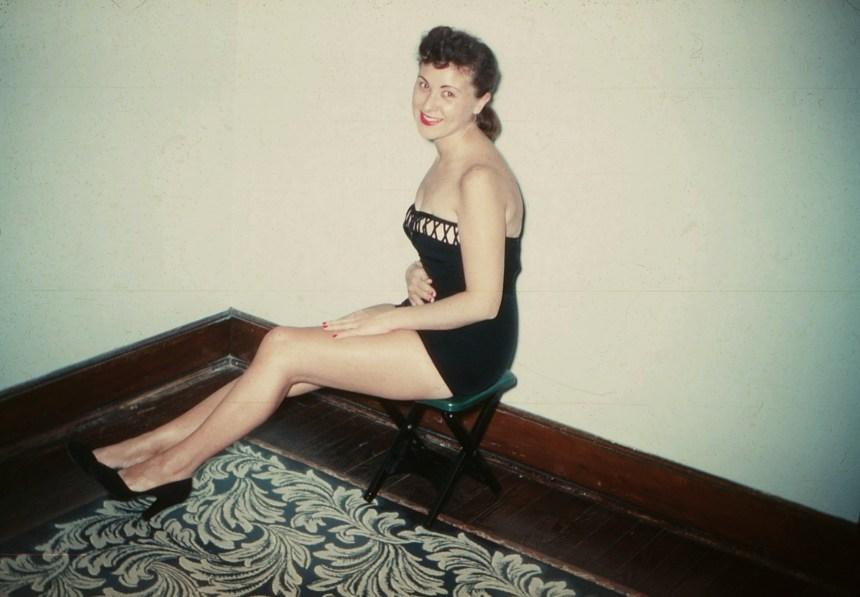 elsie-in-a-bathing-suit-4_3498618003_o