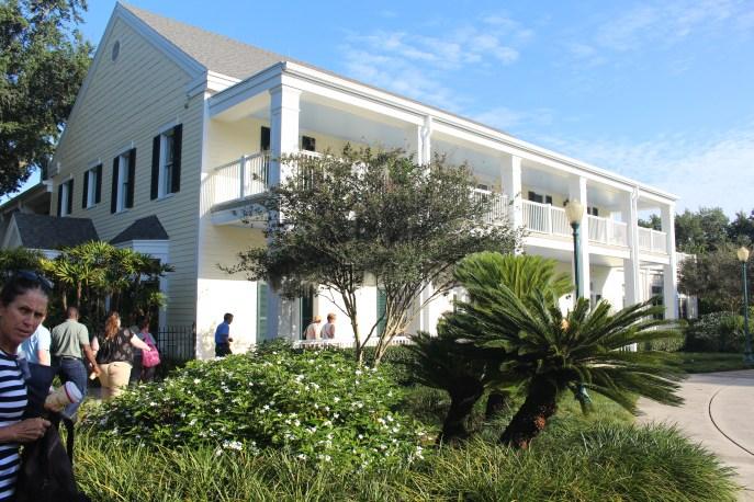 Main building, Harry P. Leu gardens.