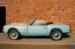Racing Box  Triumph Spitfire MKII for restoration 1965