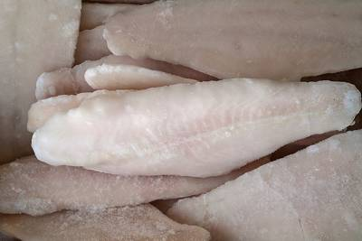 m_bigstock-Frozzen-Fish-63648358
