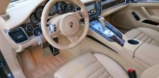 Салон Porsche Panamera в цвете Luxor Beige