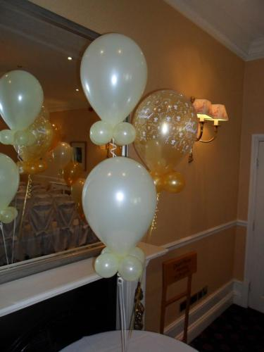 Elegant Deluxe Table Decorations at New House Country Hotel #cardiffweddingballoons