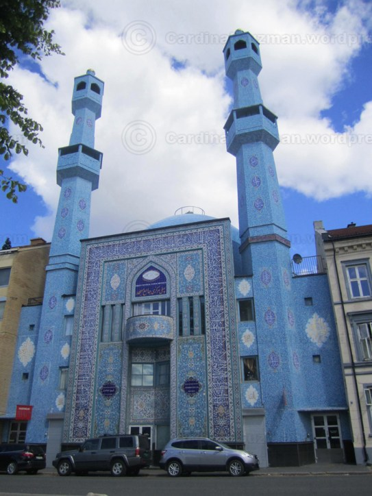 World Islamic Mission mosque (Central Jam-e-Mosque) in Åkebergveien, Grønland.