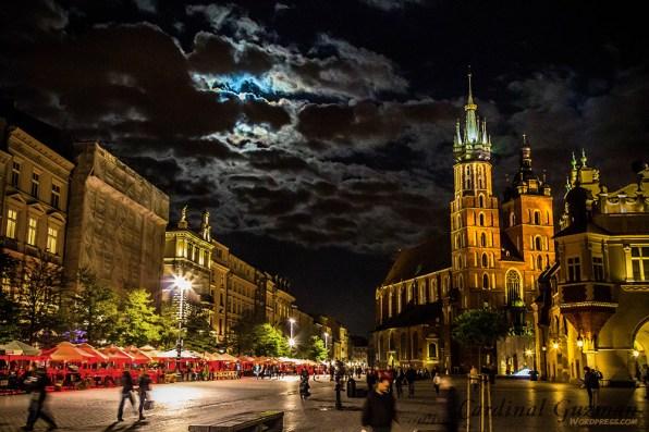 December: Runner-up   Krakow; St. Mary's Basilica; Poland.