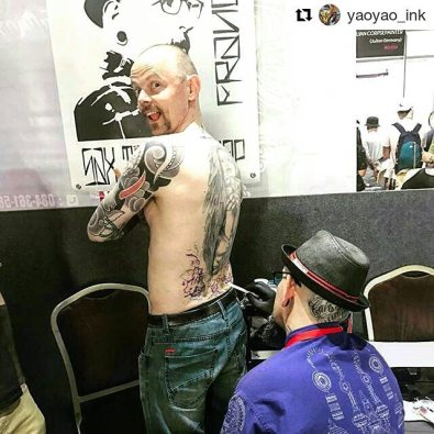 Getting inked by Stephane Loudin/Sax Tattoo Shop at Thailand Tattoo Expo. Photo: Yaoyao Ink