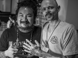 With Peerapong BankTattoo at Thailand Tattoo Expo. Photo: Mrs. Peerapong with my camera.