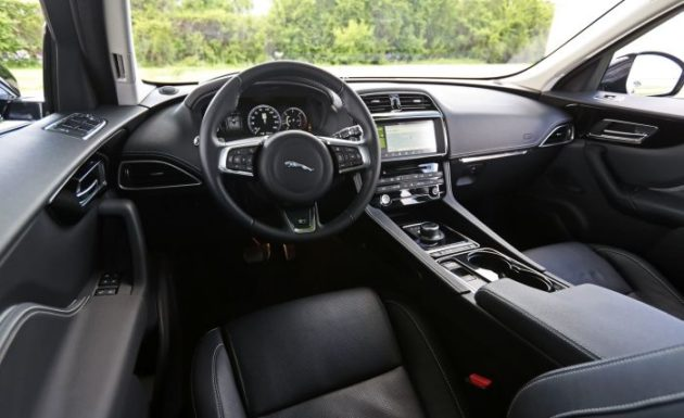2019 jaguar e pace interior