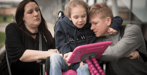 Mother of severely epileptic daughter calls on Government to release medical cannabis 1