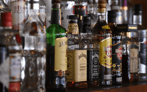 Minimum alcohol pricing may have contributed 21% cut in related deaths in Glasgow 1