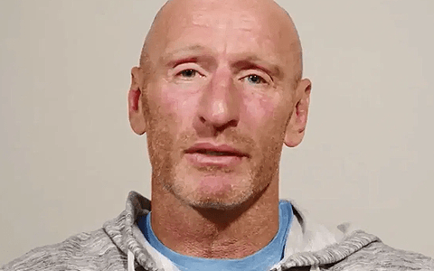 Royals praise 'absolute legend' Gareth Thomas as he reveals HIV positive status 9