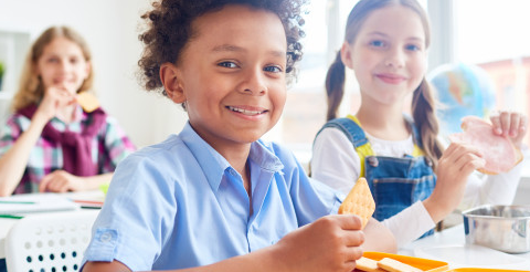 Nurseries should be able to ban junk food from lunchboxes, poll suggests 1