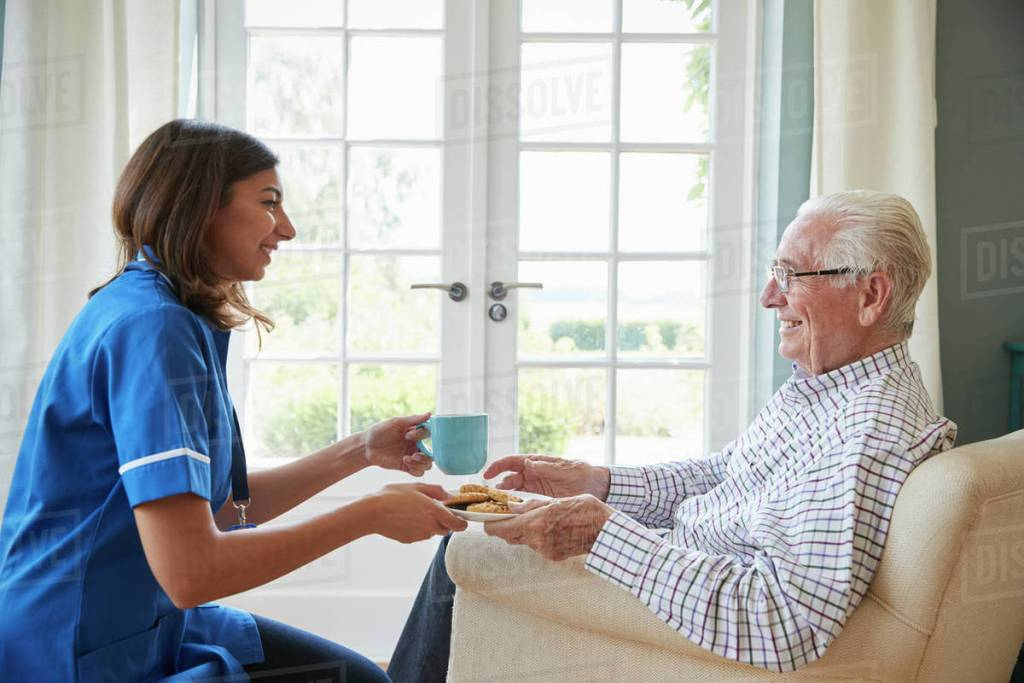 How Non-Clinical In-Home Caregivers Keep Elders Healthy