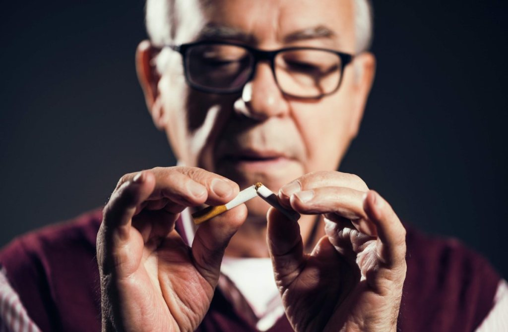 Effects Of Smoking To An Elderly Person's Body