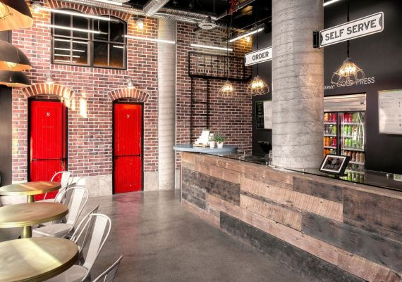 Silver - Creative Spaciz Design Studio - The Alleyway