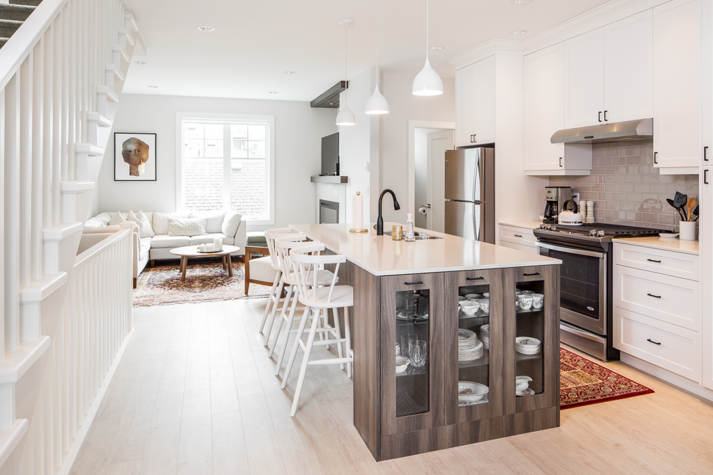 kitchens and baths ikea kitchen doors care awards of vancouver island 2017 silver abstract developments london arbour