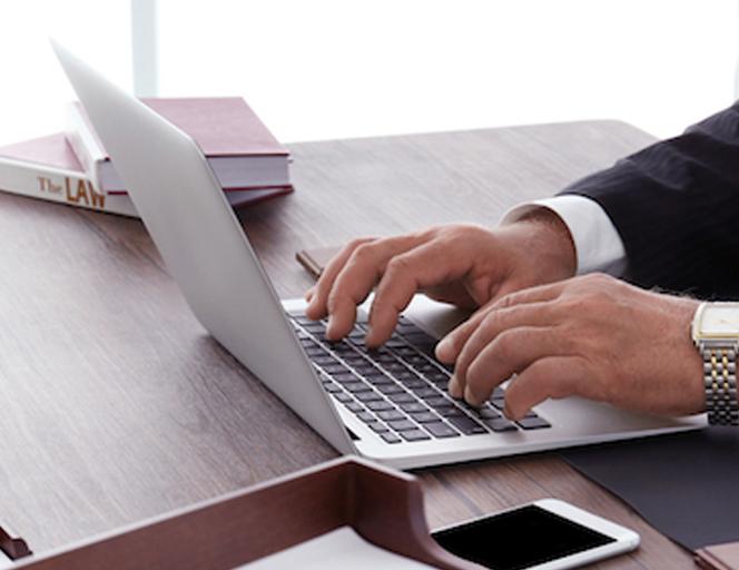 弁護士の仕事と弁護士が就職時に自分に合った事務所を探す方法