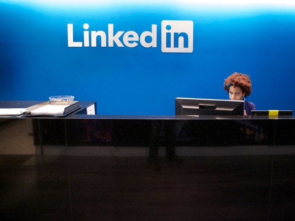 3 Traits Hiring Managers Seek and What Your LinkedIn Profile Reveals About How You Act at Work