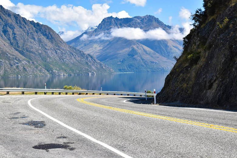 Driving past Lake Te Anau on our way into the South Island Fjordlands