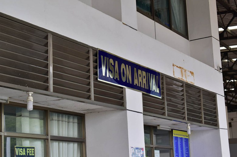 Before crossing the border you need to get your Laos visa on arrival