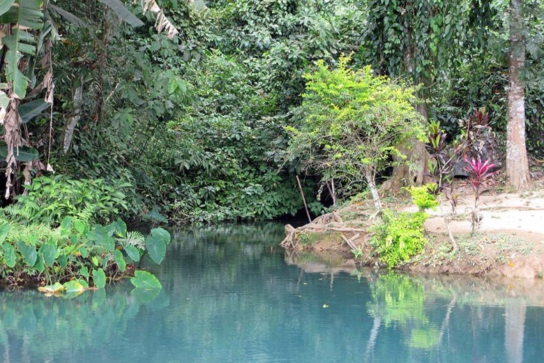 A visit to the Blue Lagoon is one of the most popular Vang Vieng activities