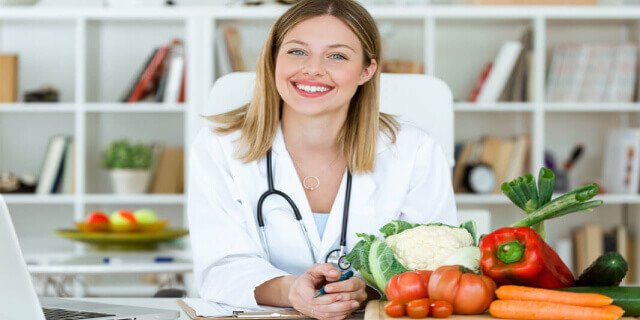 Nutrition and Dietetics or dietitian kaise bane