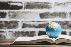 earth&book