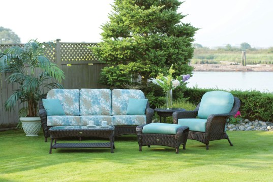 Tommy Bahama Lewisburg outdoor furniture at Carefree Outdoor Living