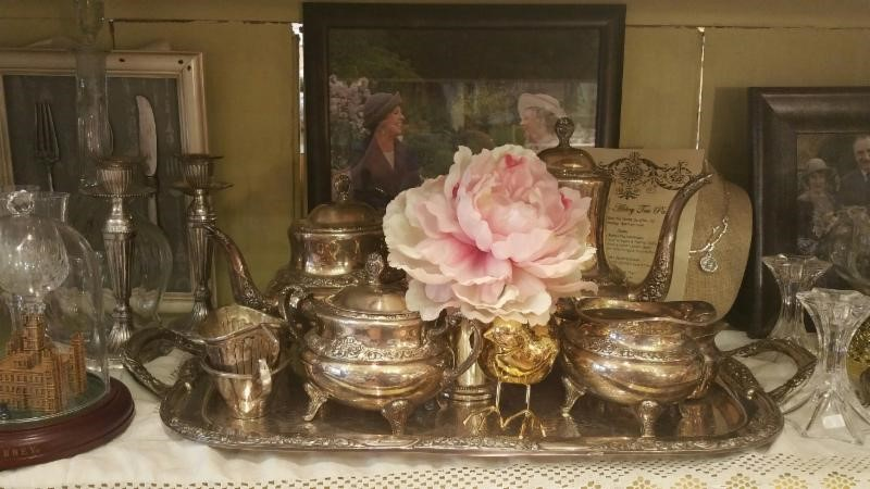 Antiques Roadshow at the Tea Room